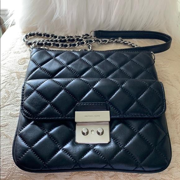 Michael Kors Handbags - Michael Kors Sloan Medium Crossbody